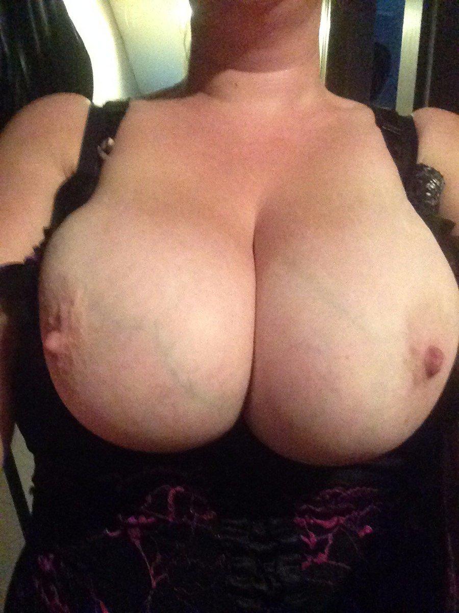 Nude Selfie 8849