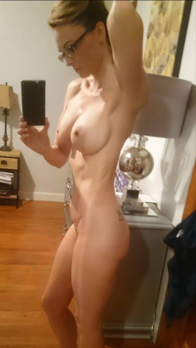 Nude Selfie 8845