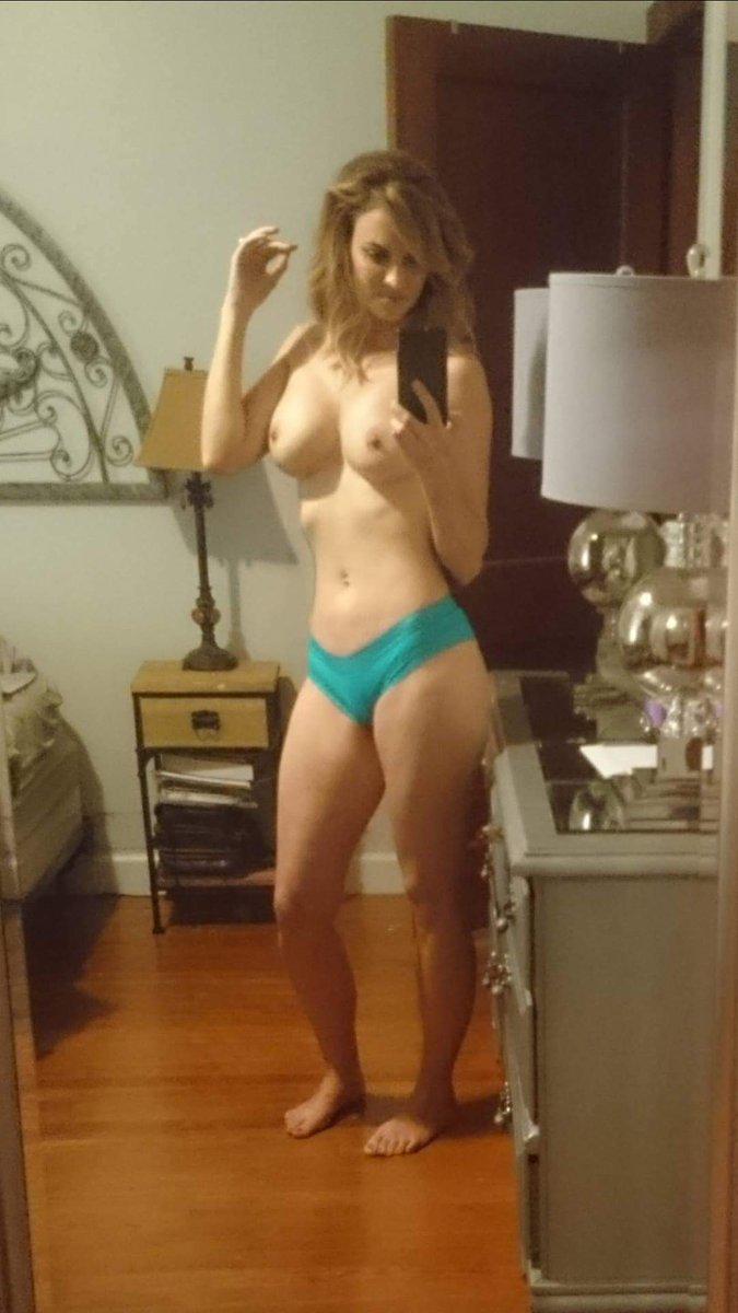 Nude Selfie 8846