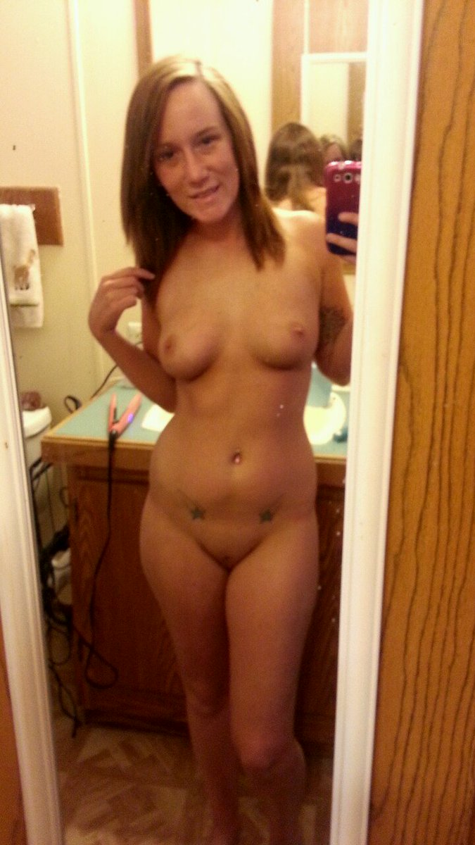 Nude Selfie 8854