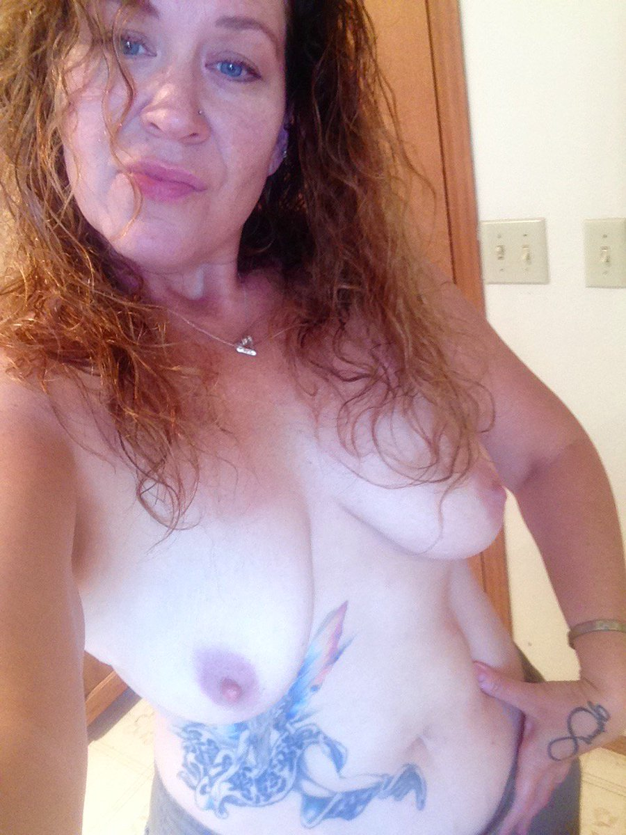 Nude Selfie 8877