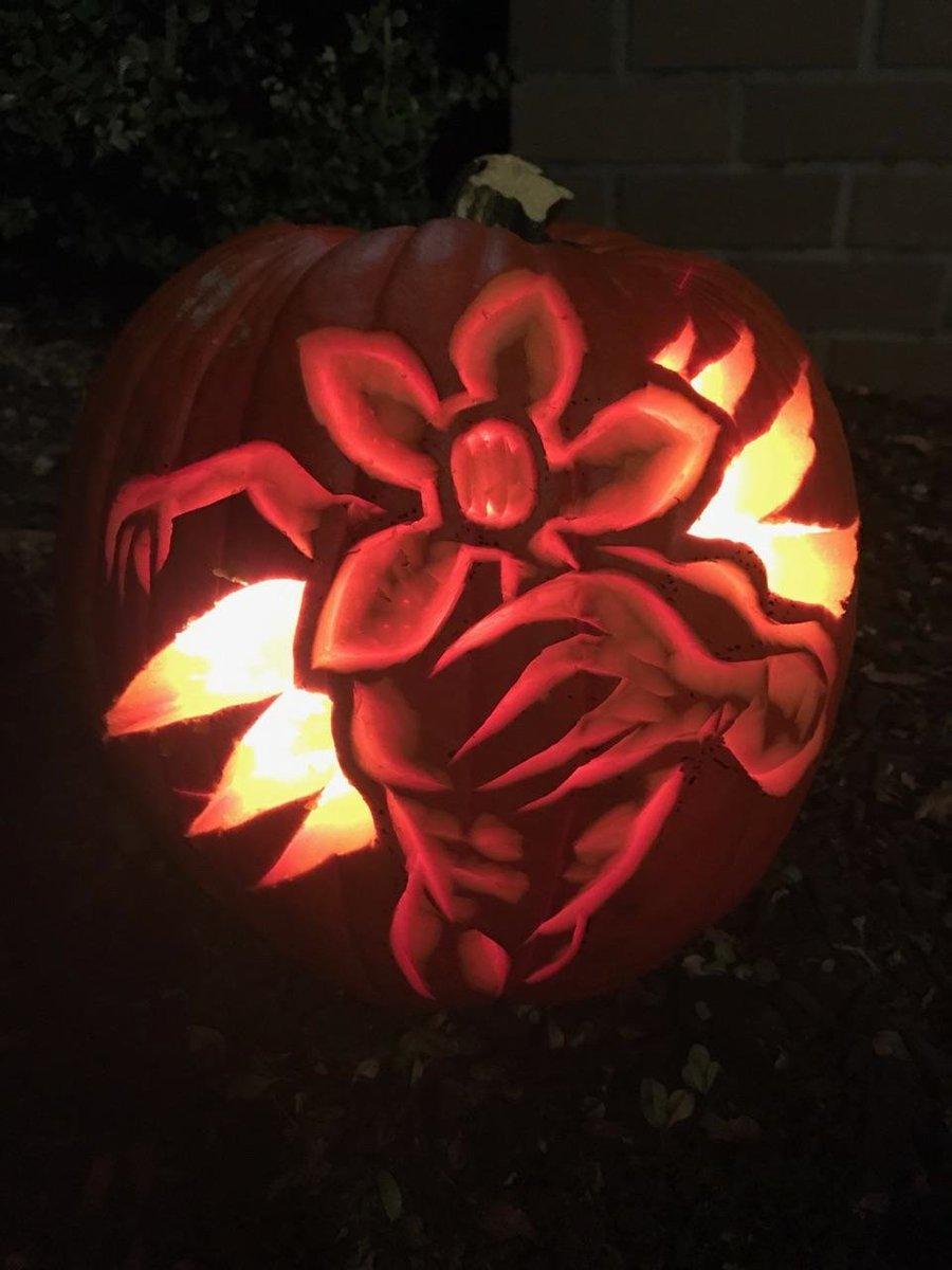 Stranger Things On Twitter Demogorg O Lantern Pumpkin By Reddit