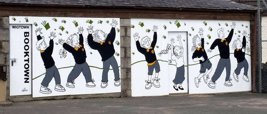 The Wigtown School Playground festival mural is up and finished! @WigtownBookFest https://t.co/SE8tbRSGzp