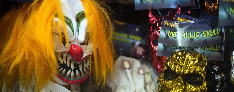 USA: Unbekannte in Clownskostümen verbreiten Hysterie - Fälle auch in Großbritannien #clownsighting https://t.co/yIodEgE9Ua