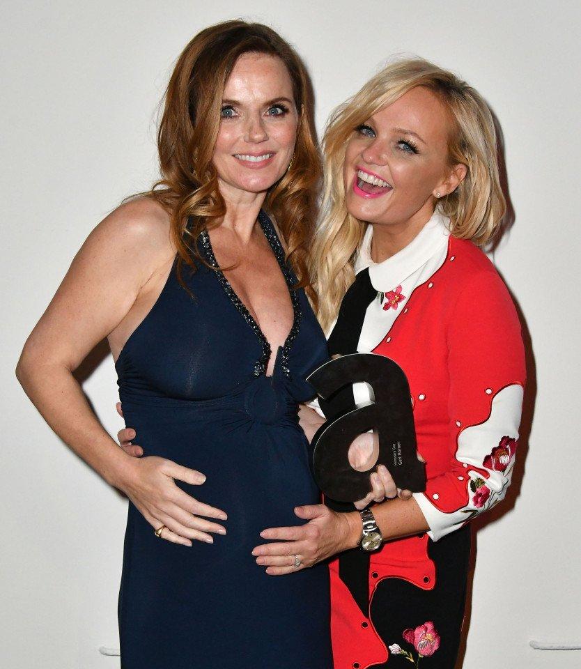 Ahhhhh!!! So happy! @GeriHalliwell and @EmmaBunton at the Attitude Awards last night!!! #mamaspice #sohappy https://t.co/aZyHeOM6lq