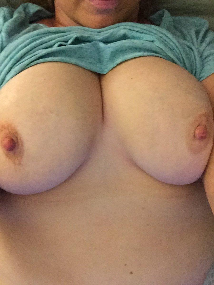Nude Selfie 8914