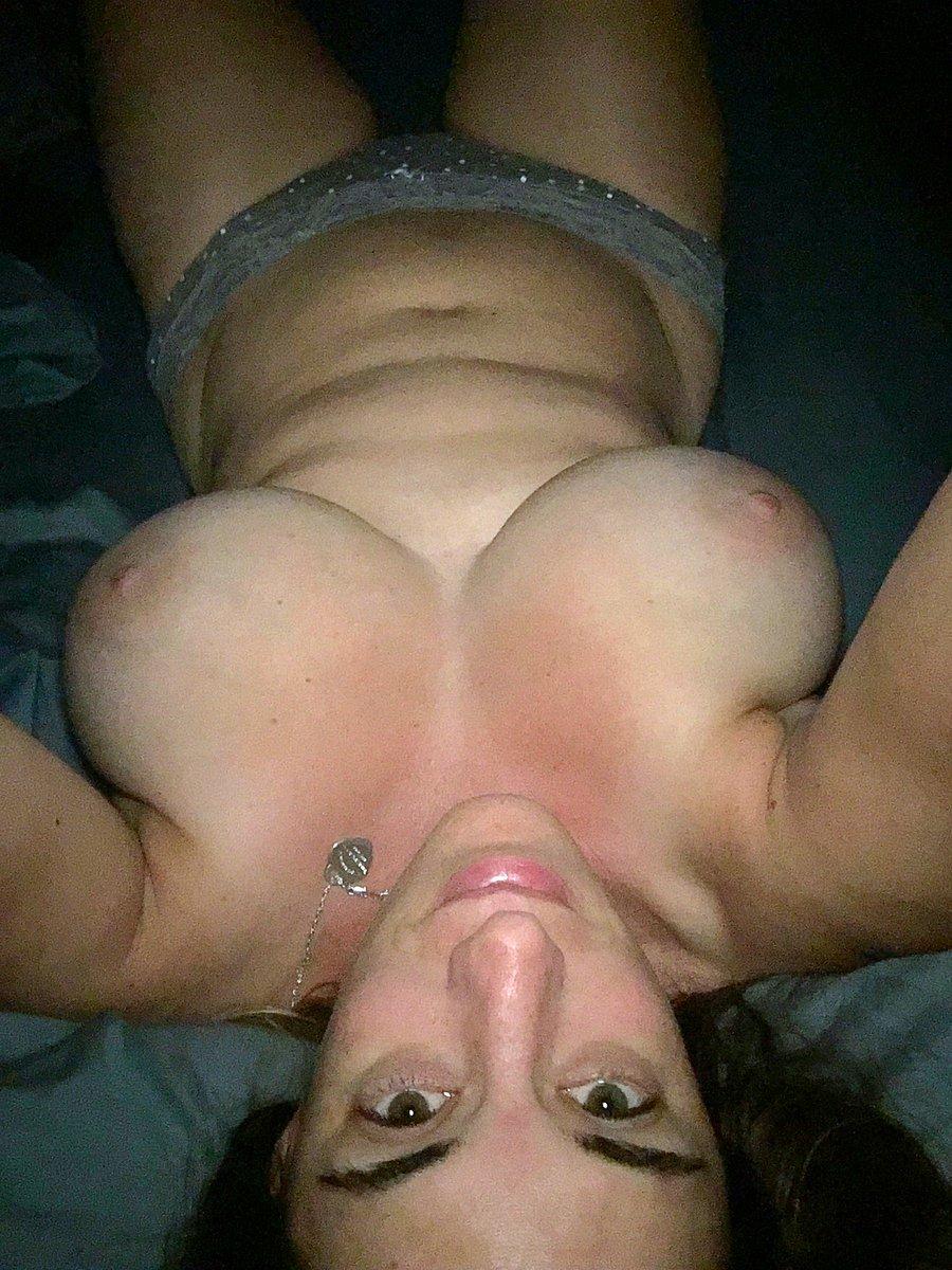 Nude Selfie 8924
