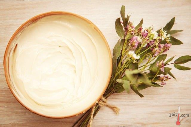 Рецепты дрожжевых блинов с дырочками на молоке толстые