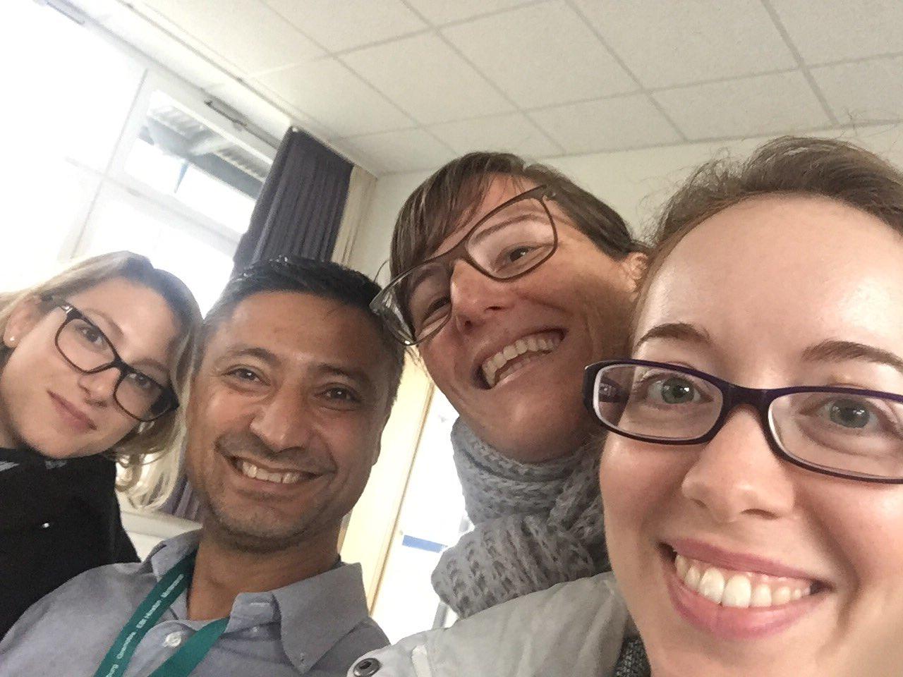 #happypeople at @ELLS_Heidelberg #AllSTEMScientix #scienceisfun https://t.co/FXzpy4E4vb