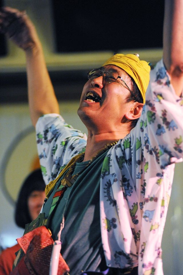 [Hinden-san] 祝祭の気分が溢れ出ている様子。