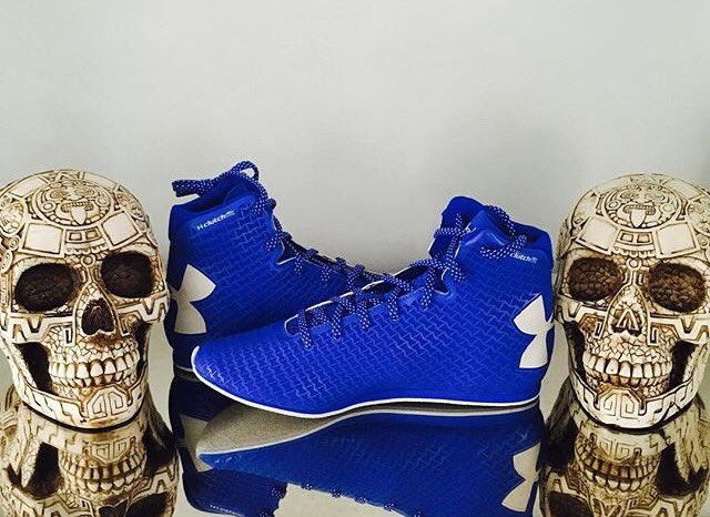 under armour boxing shoes. #underarmour #teammares #delmares new fight date coming soon...pic.twitter.com/wqdmyexysa under armour boxing shoes