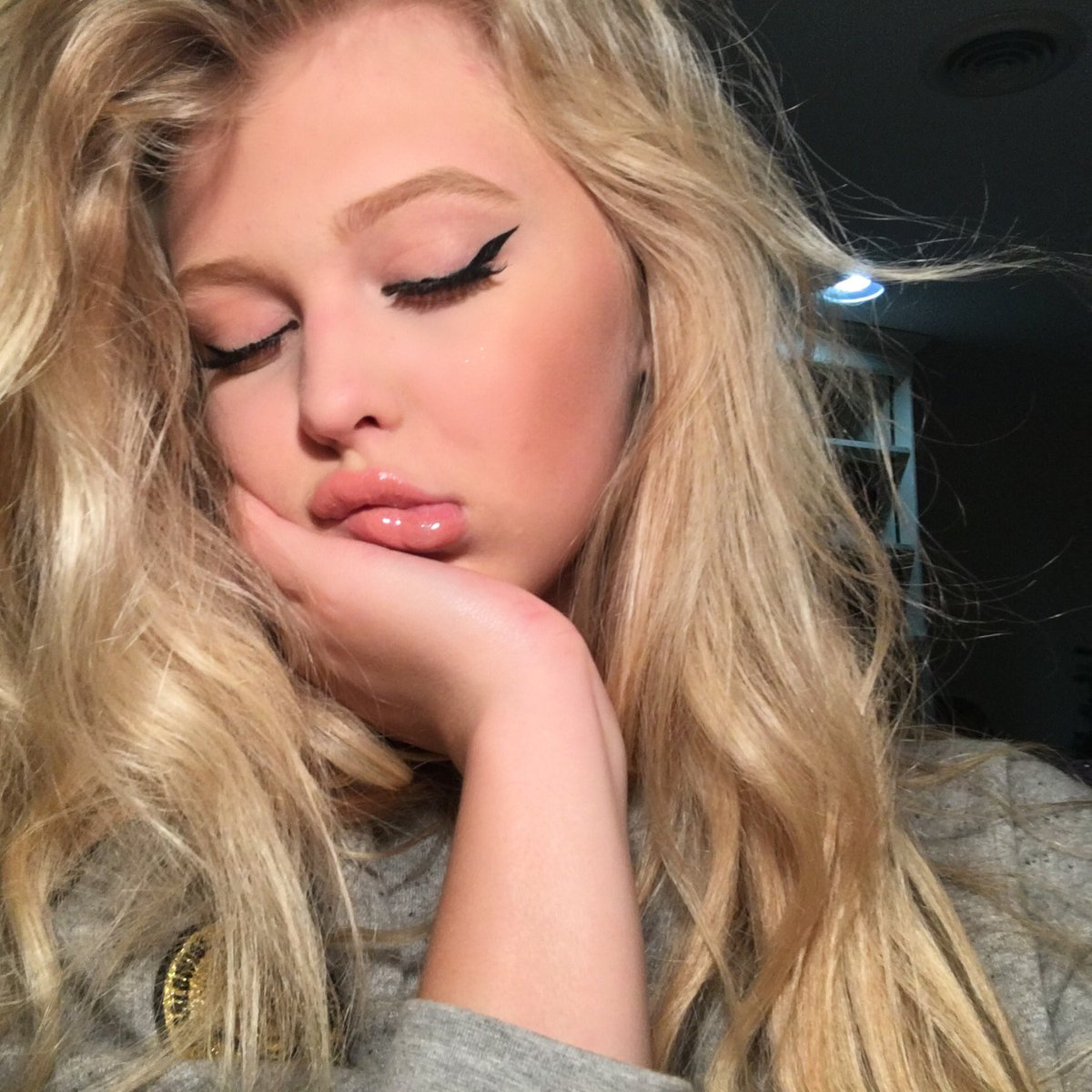 Loren Gray On Twitter You Were Red And You Liked Me