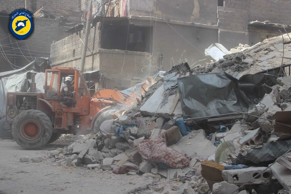 No. of casualties increases to 15 killd 10 still under rubble nd 20+ injured in AlFardous-Aleppo city after airstrike targeted public market