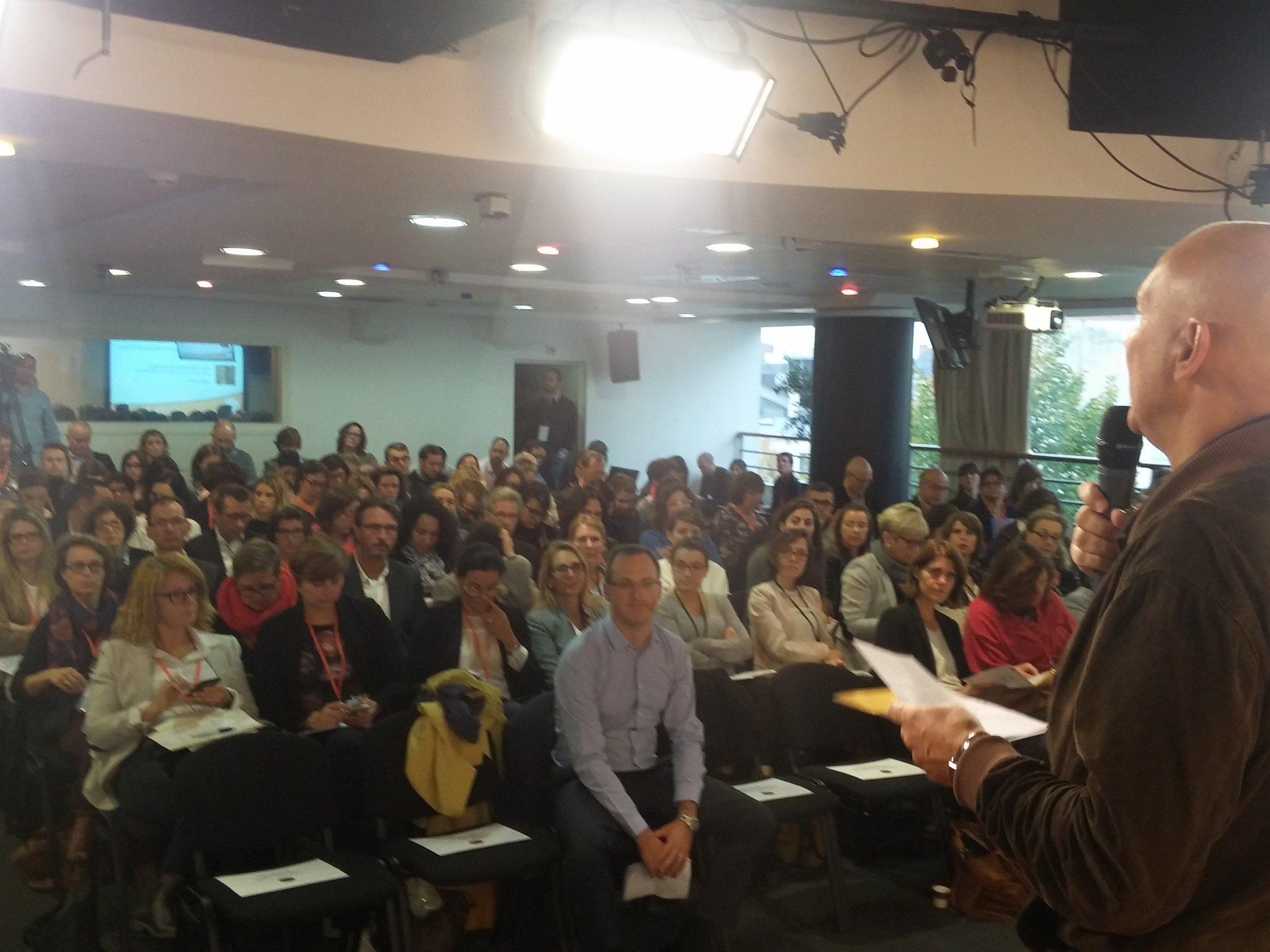 RT @ludosim: présent au #ForumRH commence au @cco_nantes Aujourd'hui, on parle d'engagement au travail ! https://t.co/UrZqVlu64y