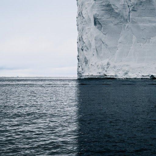 Un iceberg. El mundo en cuadrantes  David Burdeny https://t.co/cfXbhqdZI7