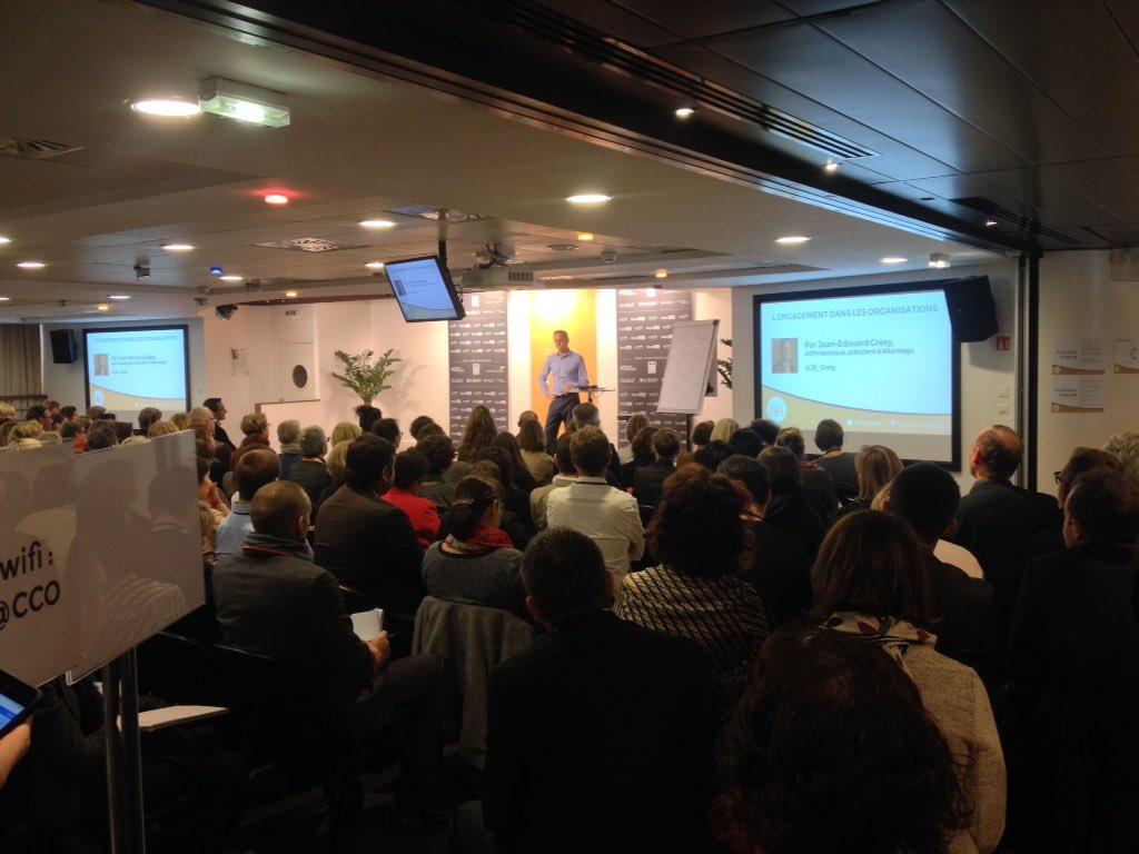 Assistance captivée ce matin par @JE_Gresy, au moins 220 pros des #RH dans la salle pour le #ForumRH https://t.co/1h3GLNqFtu