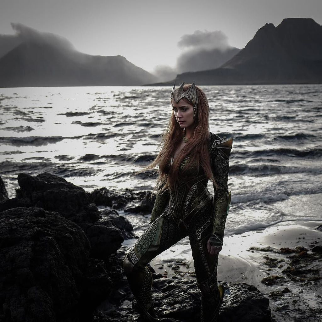 Zack's pic of Mera. #justiceleague #leicaq https://t.co/BKkTAZreTH https://t.co/C0SN2NtHIB