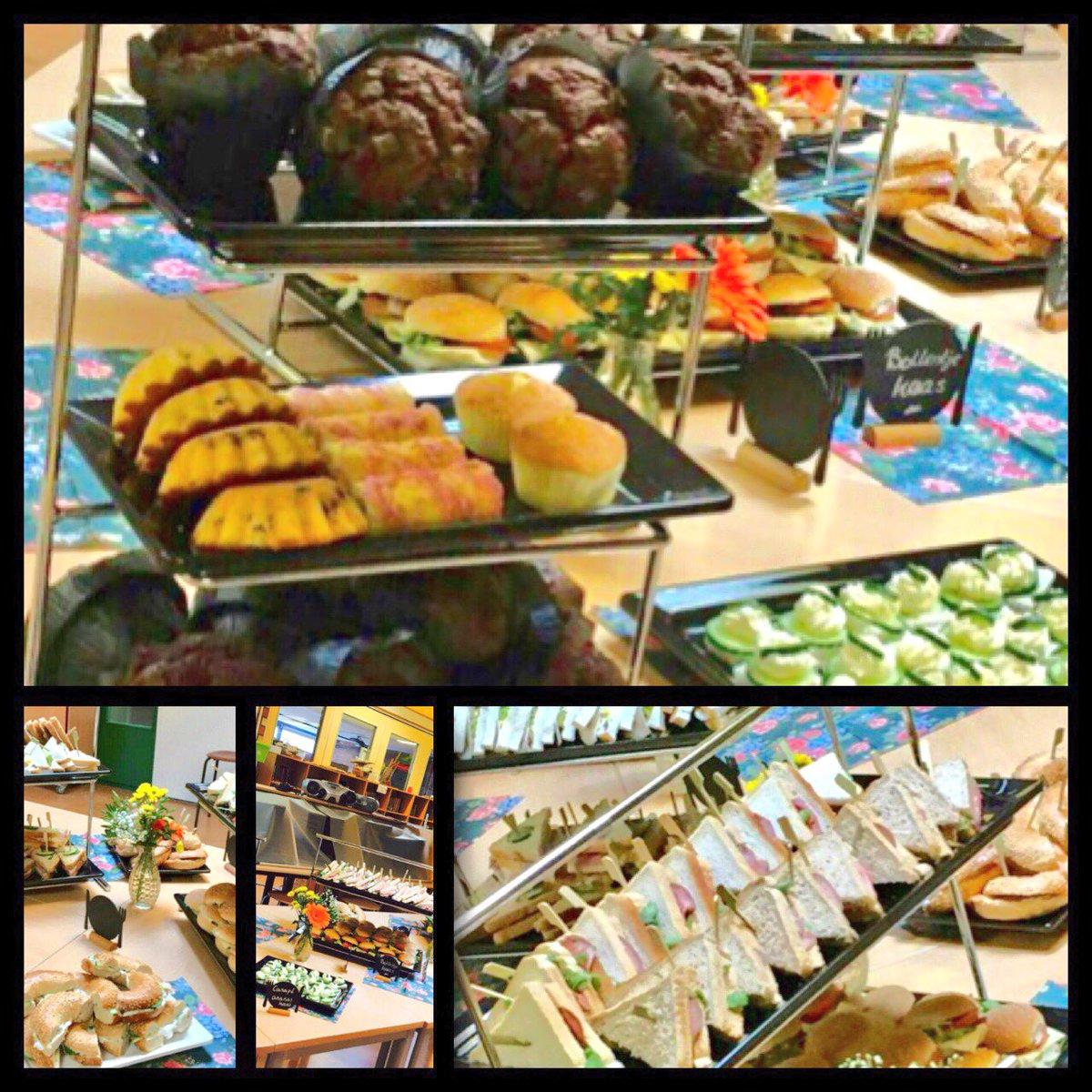 Vandaag weer een lekker High Tea buffet verzorgd op locatie. Ja inderdaad dat doen wij ook. #hightea #partyregelaar