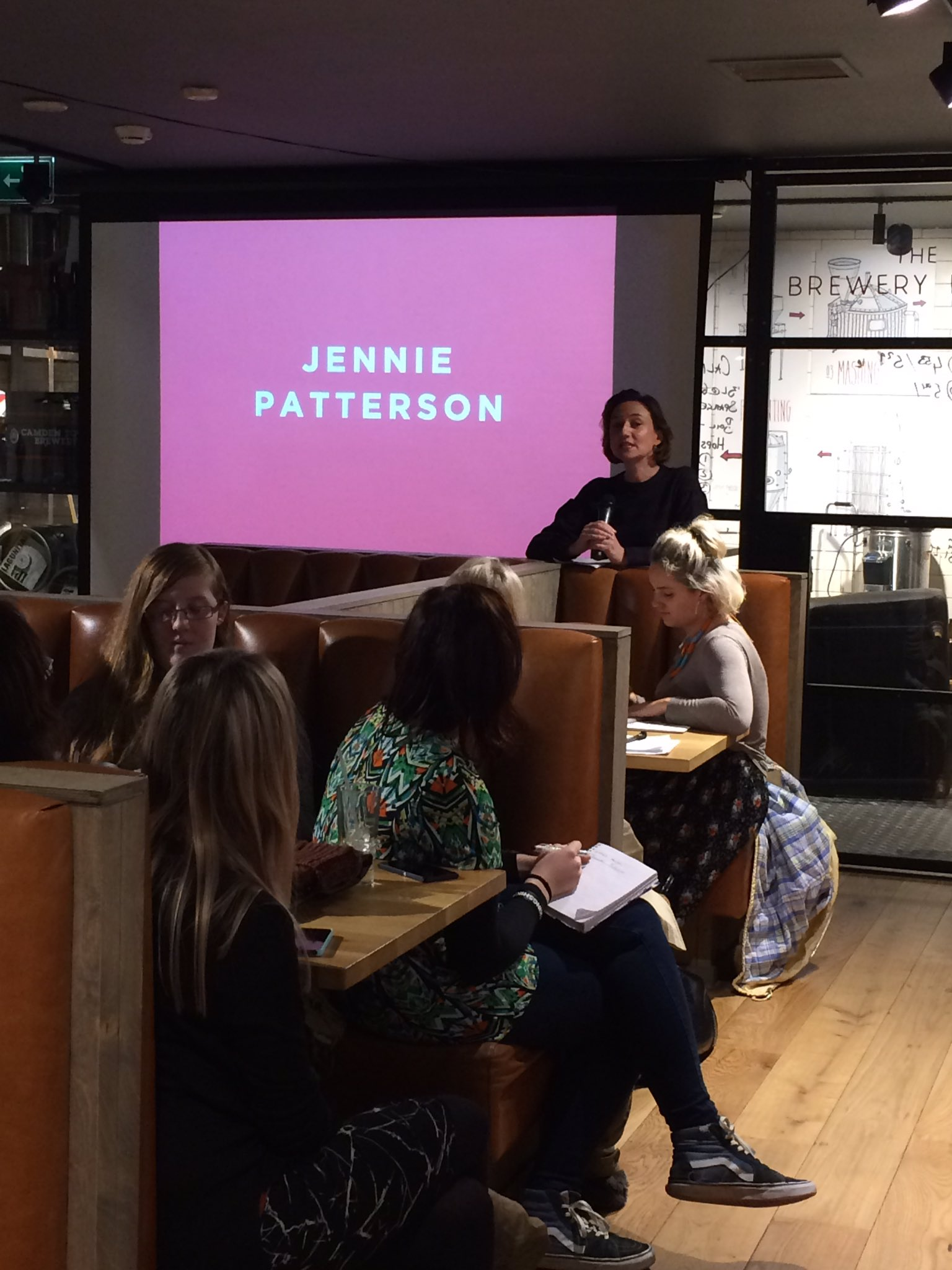 Our 3rd speaker is @jennie_patt to talk about working in PR and promoting Scottish design to the media #MakeShare https://t.co/UySFYIw9Pa