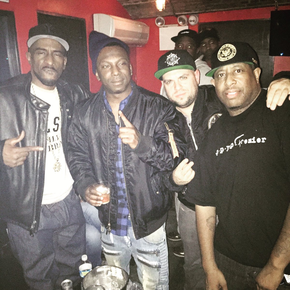 Myself, the GOD #rakim, the GOAT @REALDJPREMIER and the legend @RasKass https://t.co/MHLoKm5zMP