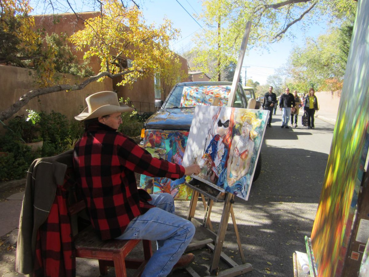 Experience a variety of artistic styles and genres this Saturday during the Canyon Road Paint Out & Sculpt Out https://t.co/3uW4PZLk7w