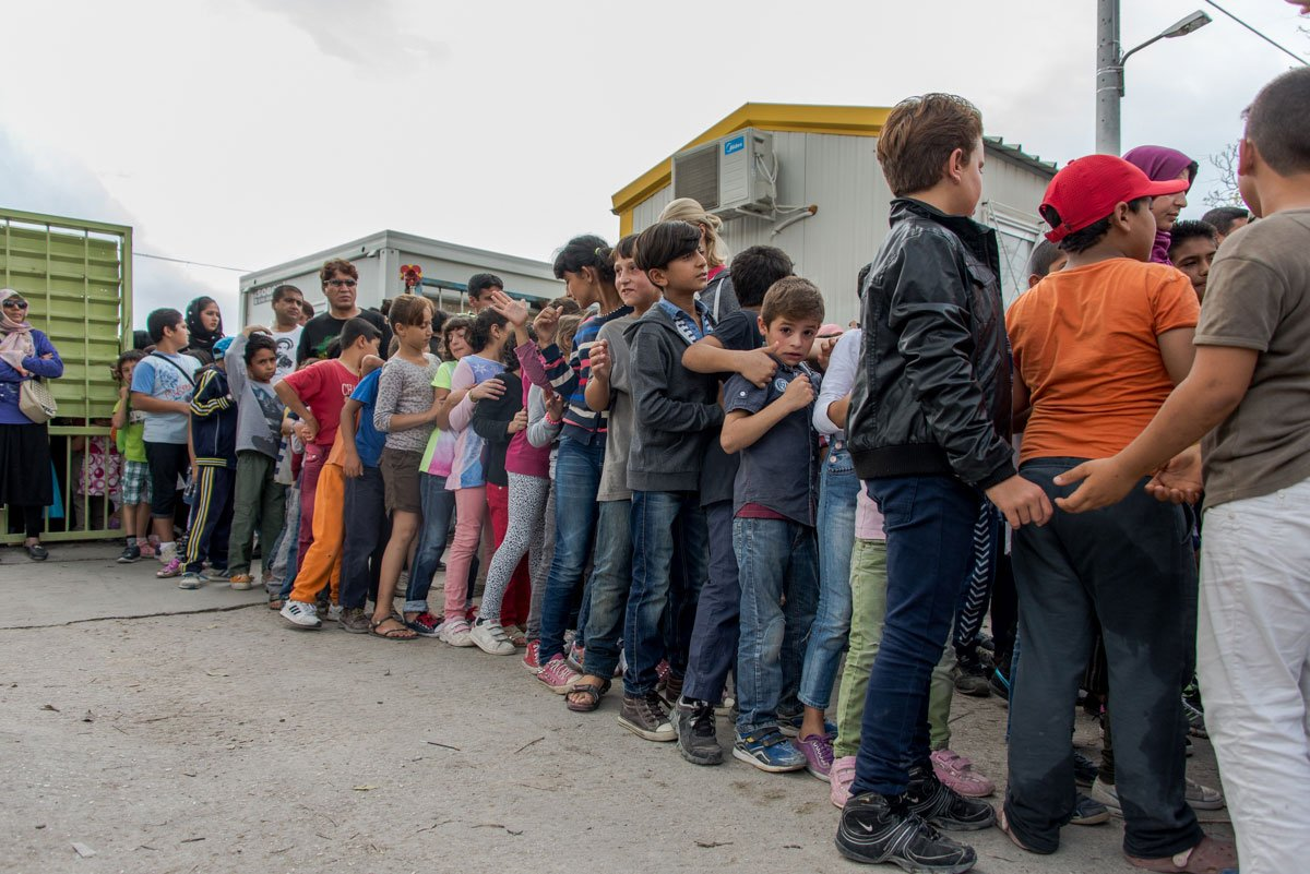 In pictures: First school bell rings for refugee children in Greece aje.io/fgb6