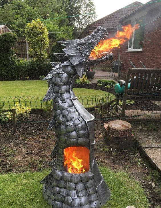I love the fire pit we built last year, but I see now the folly of my ways. I could have aimed higher! #dnd https://t.co/nwG6Tc6b82