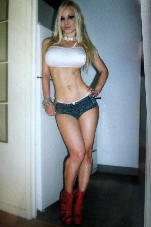 Remarkable, very Jenny poussin body