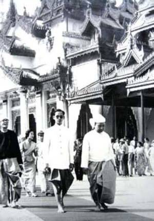 สื่ออิระวดี นำภาพในหลวง และราชินี เสด็จเยือนสหภาพพม่า มาเผยแพร่ ร่วมไว้อาลัยกับชาวไทย #พม่า https://t.co/fHkB0kpaLJ