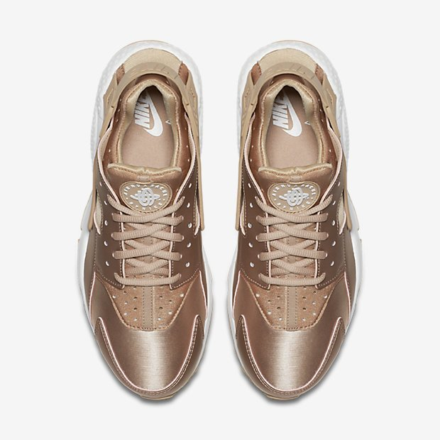 843622151a90 ... low cost sole links on twitter womens nike air huarache se rose gold is  now available