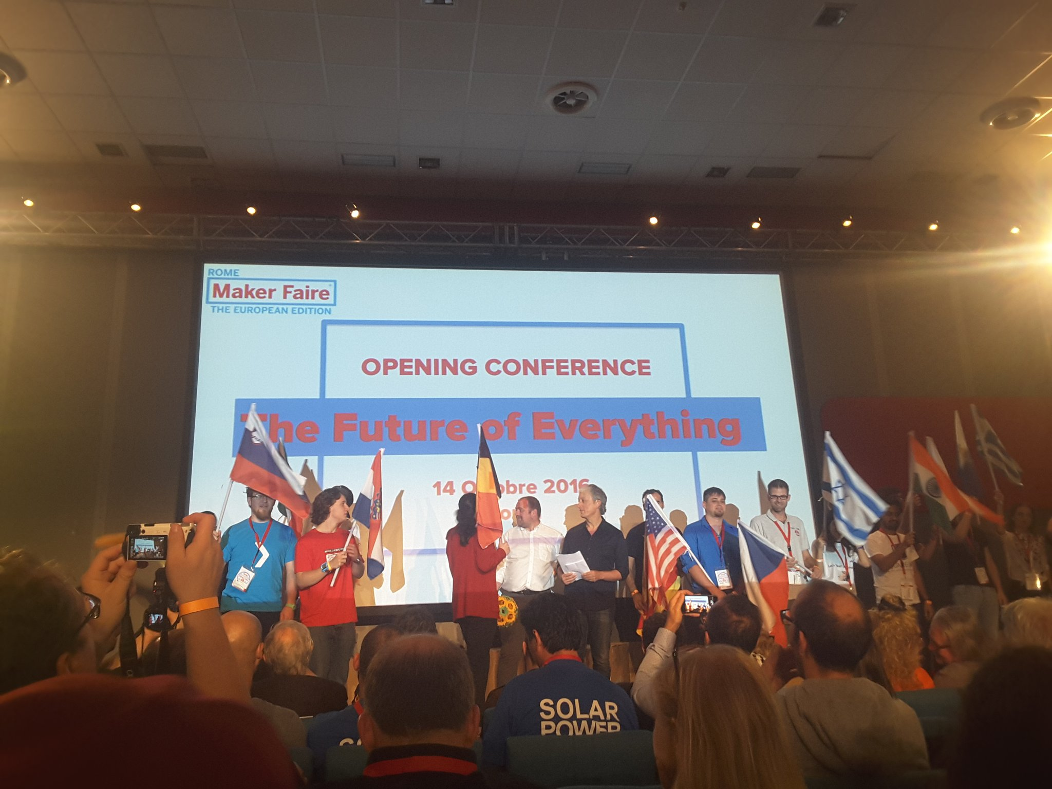 The future of everything and the future of everyone! More than 30 nations present @MakerFaireRome  #MFR16 @RiccardoLuna https://t.co/Dhbg34ur2B