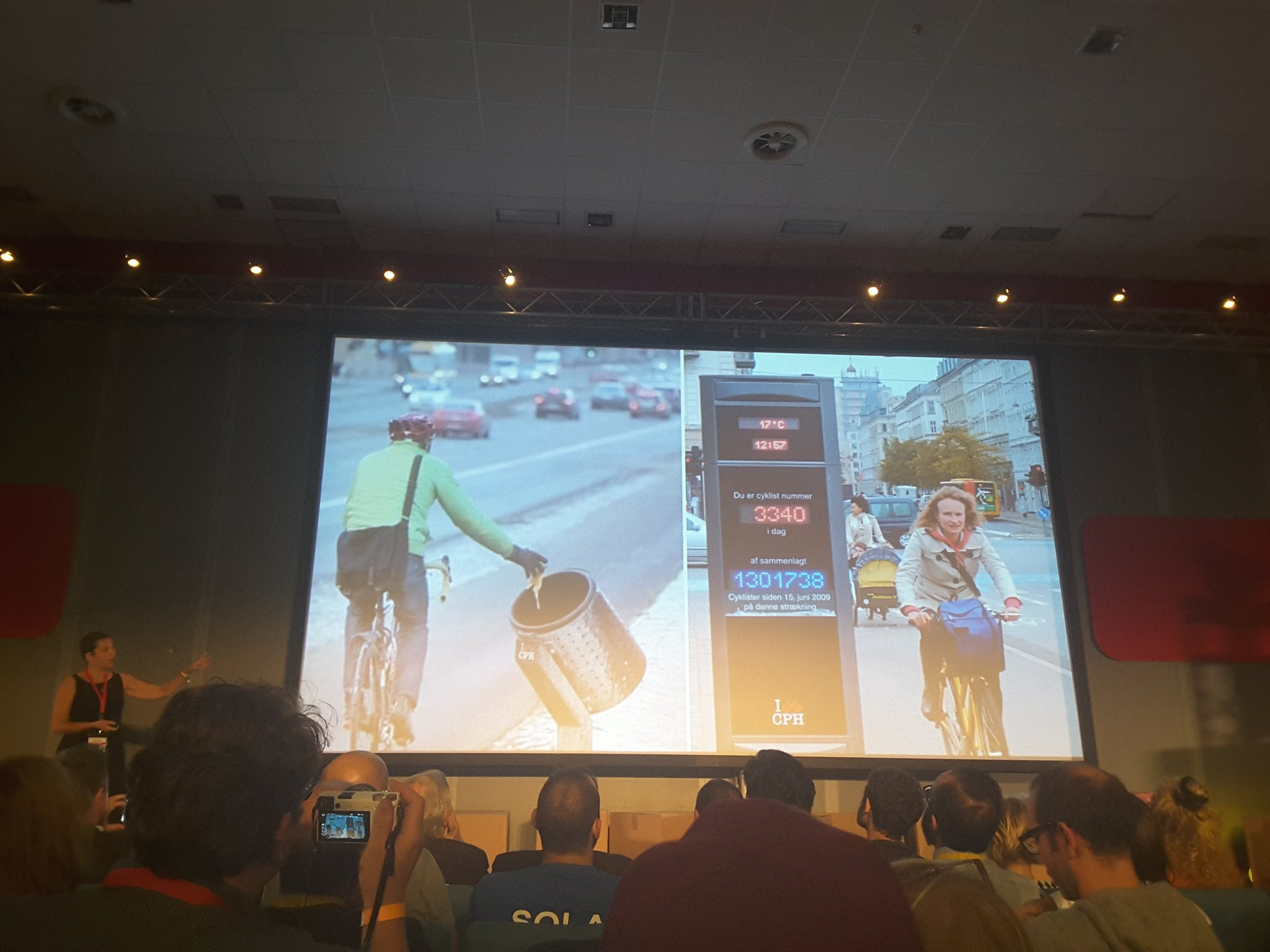 Innovation is based on people. Simona Maschi speaks about the example of the bike counter in Copenhagen  #mfr16 @MakerFaireRome @CIIDnews https://t.co/Kw0naJ5poz