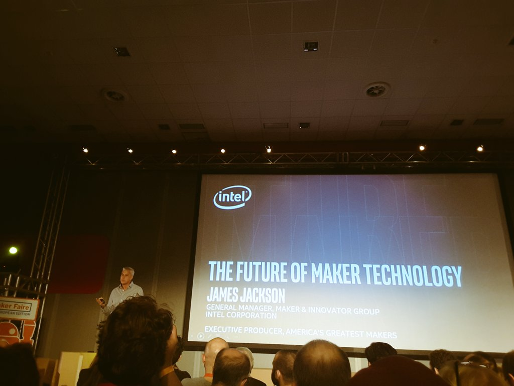 """""""Many small innovations can lead us to a big impact"""" James Jackson from @intel is now on stage at @MakerFaireRome  #MFR16 https://t.co/25kZFBYu5w"""