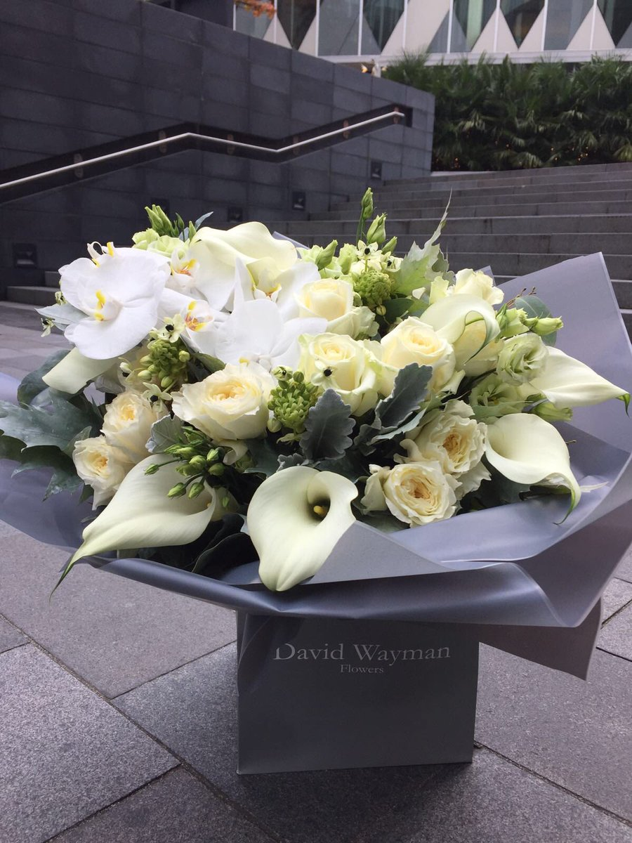 David wayman flowers on twitter cant beat all white flowers david wayman flowers on twitter cant beat all white flowers avenuethe happyfriday mightylinksfo