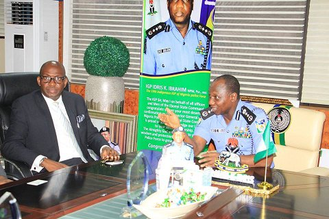 MD NLNG, Tony Attah paid courtesy visit to IGP Ibrahim K. Idris, on 13th October, 2016, in his office at the Nigeria Police Force Headquarters Abuja.