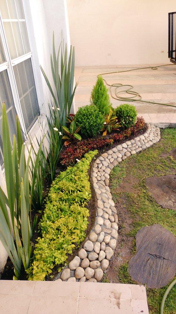 Manuel cabrera flore on twitter jardinera com piedra d rio dorantas lirio persa mosaico - Plantas para jardineras exteriores ...