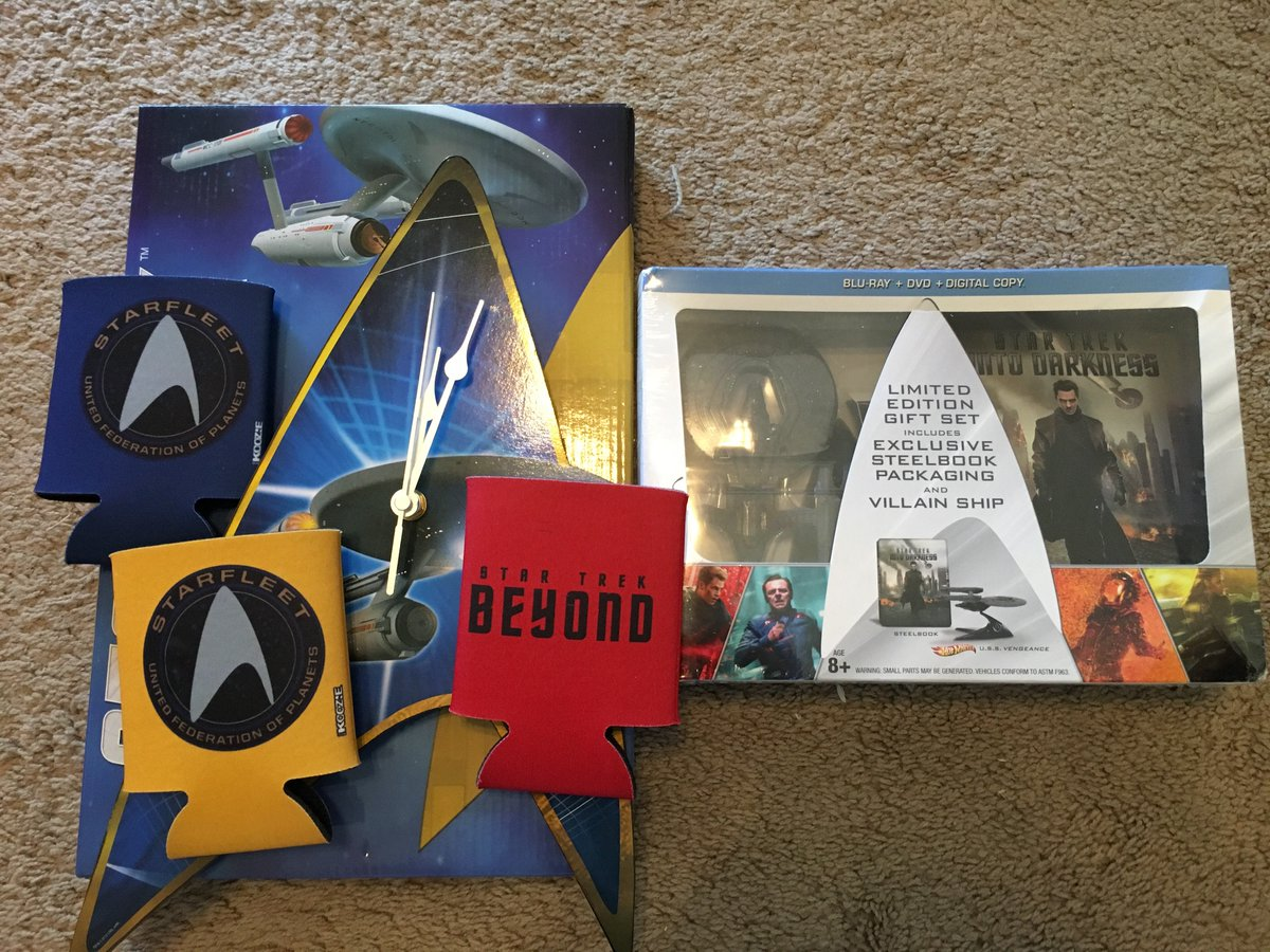 What a great prize set from the #VUDUviewingparty! Thanks, @vudufans! #NerdCityFC https://t.co/Ep52nIf1U8