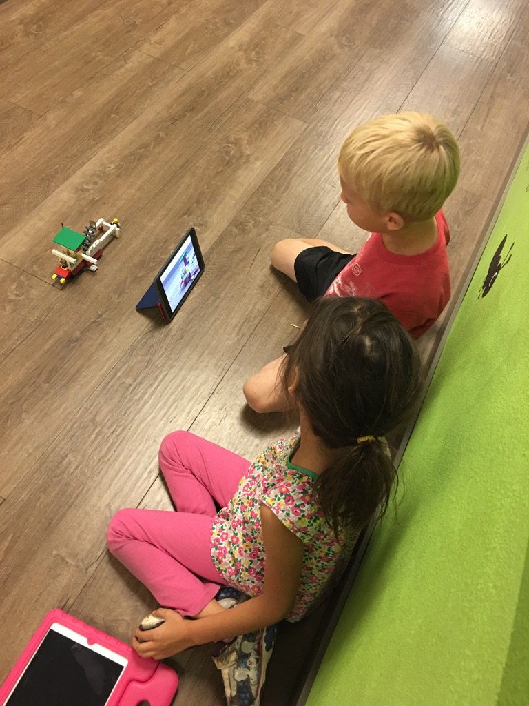 Using @seesaw to explain their sand speeder invention https://t.co/SOptN8na34