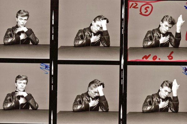 """Bowie's """"Heroes"""" was released on this day in 1977. Here are a few outtakes from the Masayoshi Sukita cover shoot. https://t.co/2tu0qjGZo9"""
