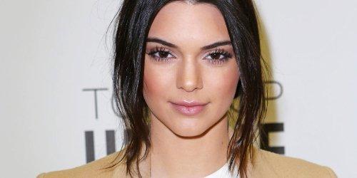 Kendall Jenner revela qual é a melhor blusa para usar sem sutiã https://t.co/F04JiILrA9 #mpn #capricho