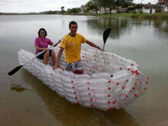 лодка из пластиковой бутылки