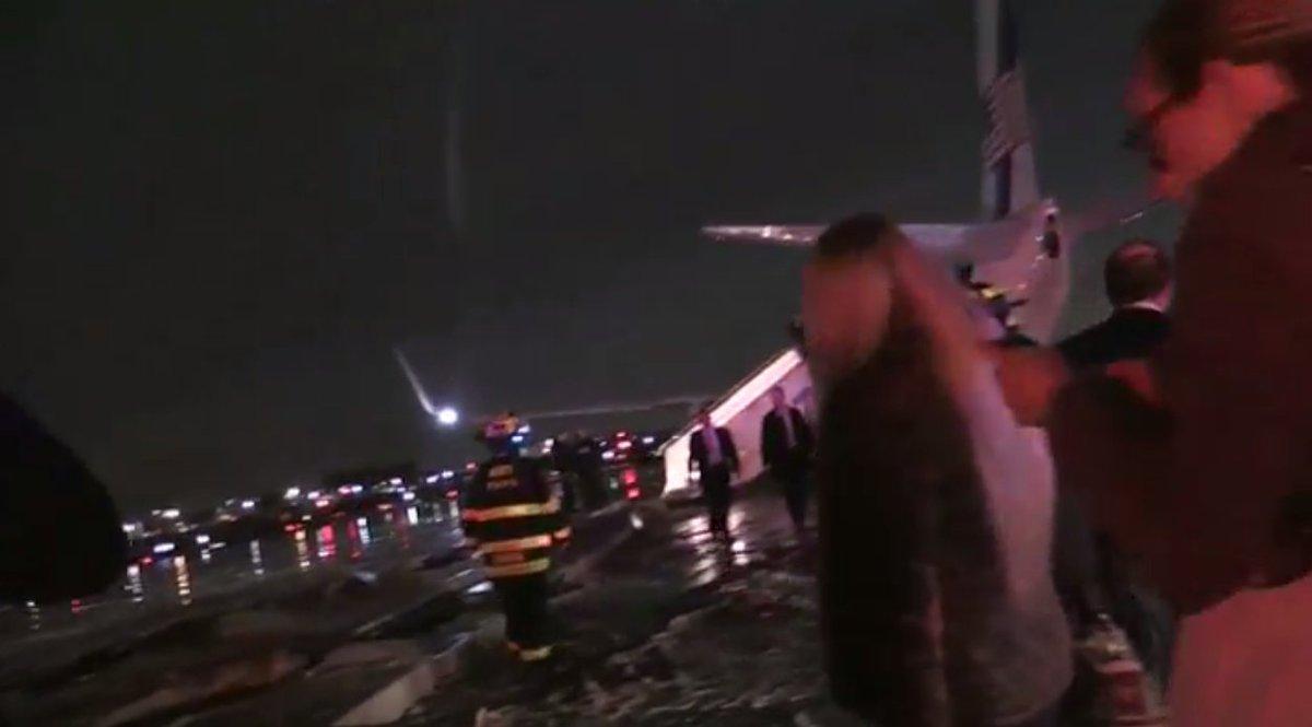 Pence plane slides off runway at NYC's LaGuardia Airport LIVESTREAM