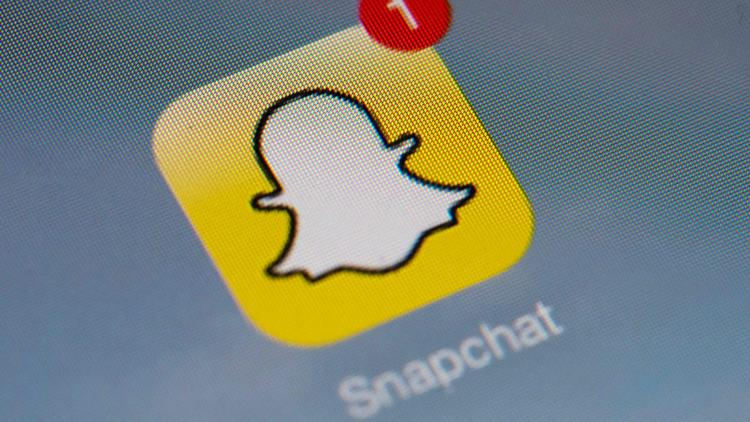 Woman rams squad car in Texas while taking topless Snapchat selfie, police say