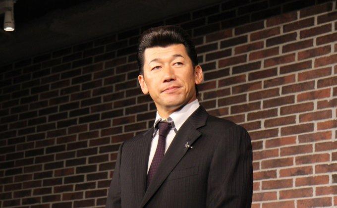 今シーズンで25年というプロ生活に別れを告げた横浜DeNAベイスターズの三浦大輔さんが、DeNA本社を訪問してくださいました!⇒ https://t.co/JTdgp6x3to https://t.co/0hXq0vaLSw
