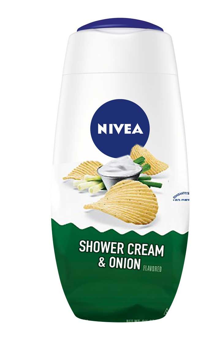 Fredagsmys i duschen? @ingstromer kom på bästa produkten häromdagen. Här är tänkbar förpackning.. https://t.co/Q9prYIDbVj