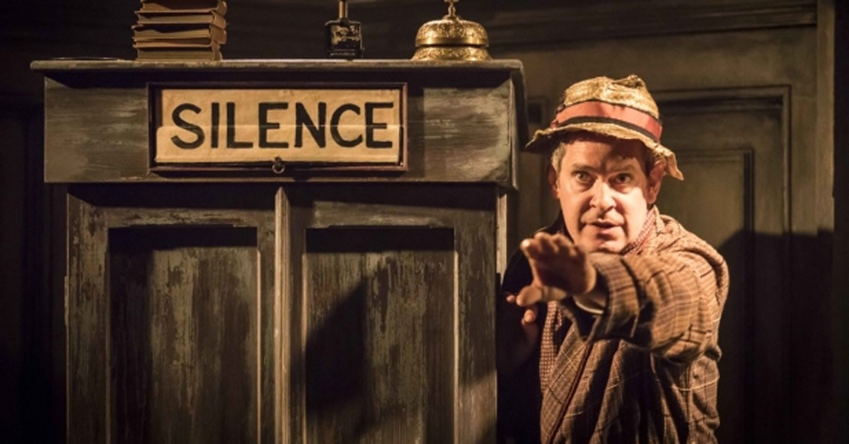 Tom Hollander to star in Travesties West End transfer https://t.co/il4cdzi8ma