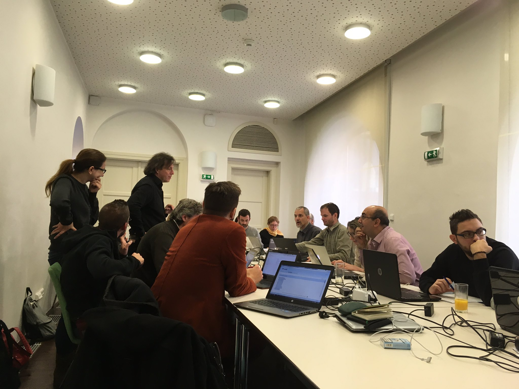 Discover data deposit, reuse and API development with @figshare and #Nakala during #Dariah winterschool https://t.co/erMv3oPpWz