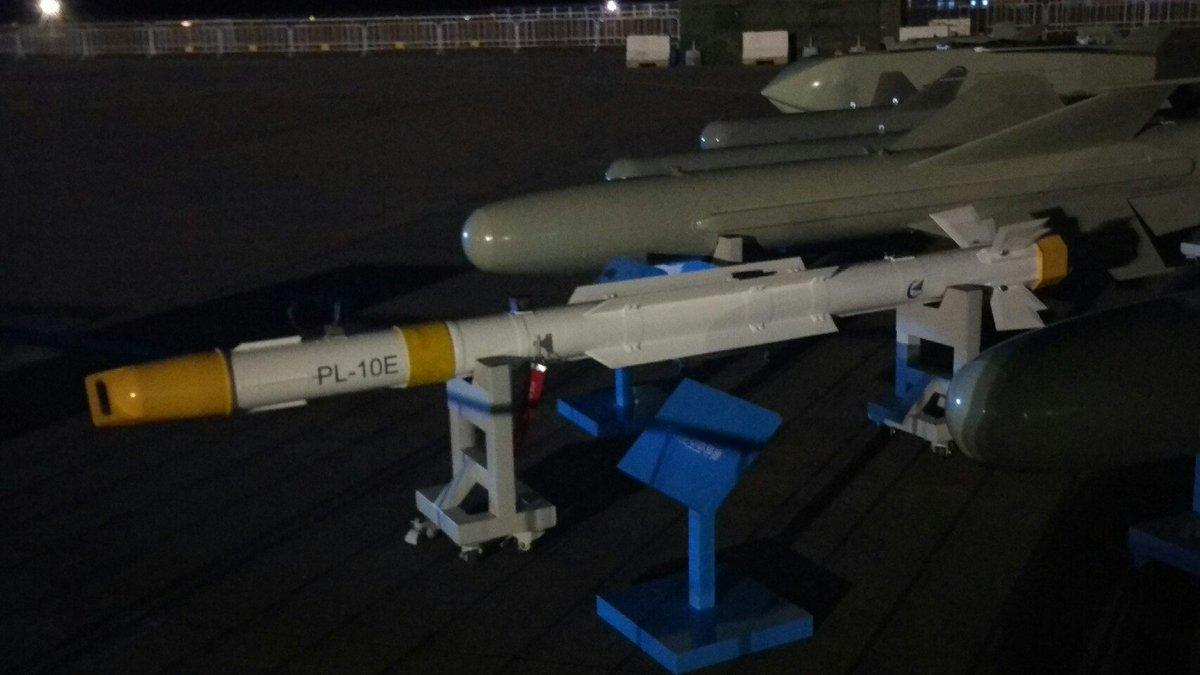 صاروخ PL-10E جو-جو الصيني الجديد  Cv2fwMxUMAAxcW8