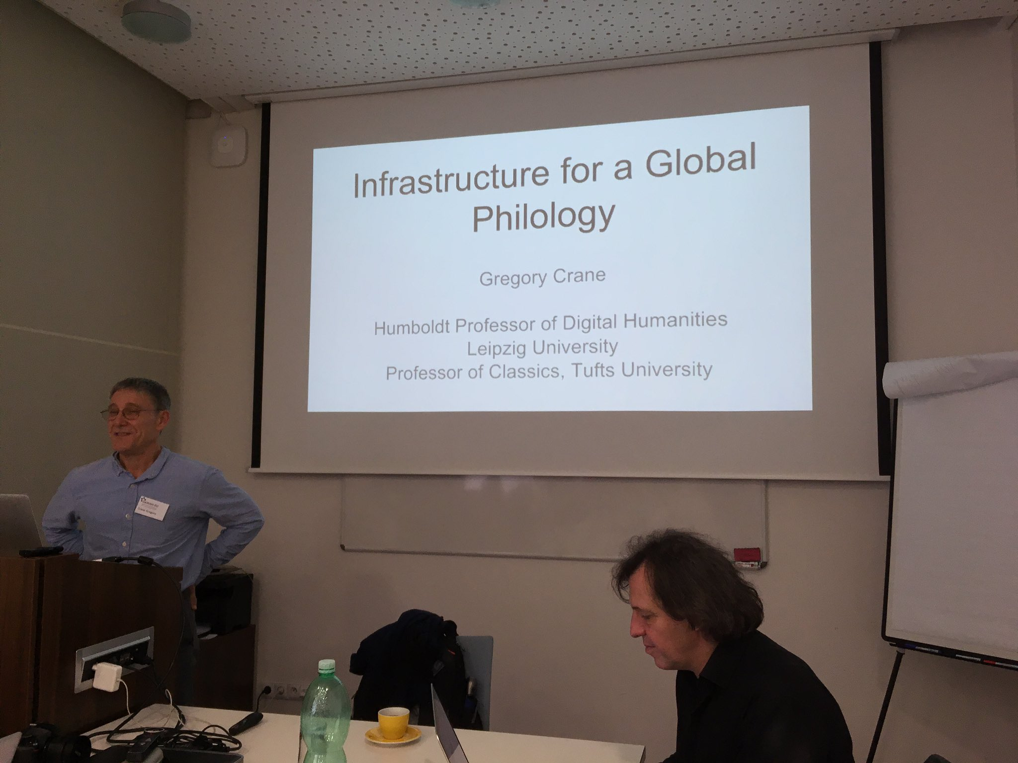 Last but not least @GegoryR  'Infrastructure for an age of Global Philology' #Dariah https://t.co/XgUDh9jXt5