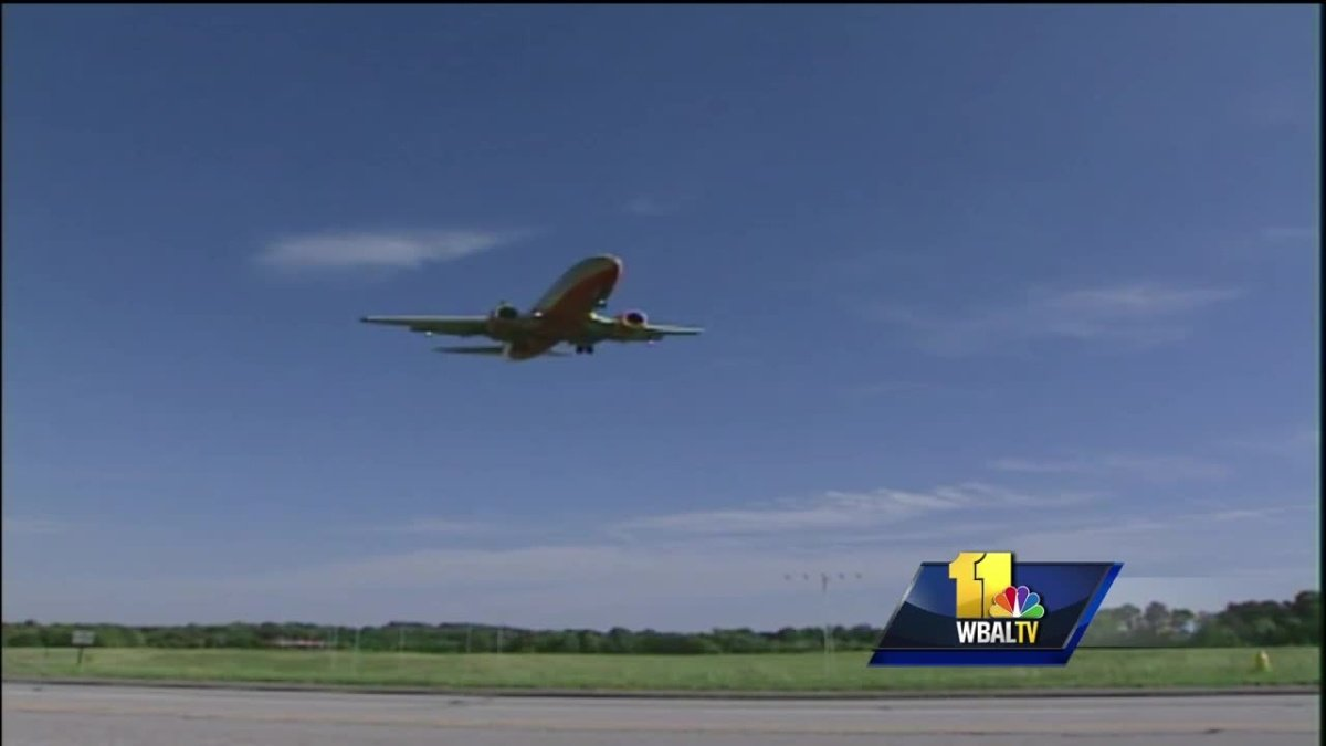 Residents, FAA meet to discuss concerns over flight patterns